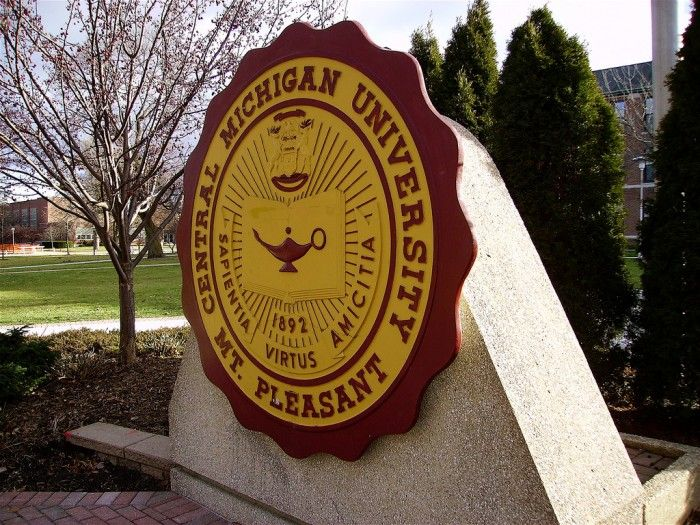 Oakland County Cmu Student Found Dead In Apartment Central