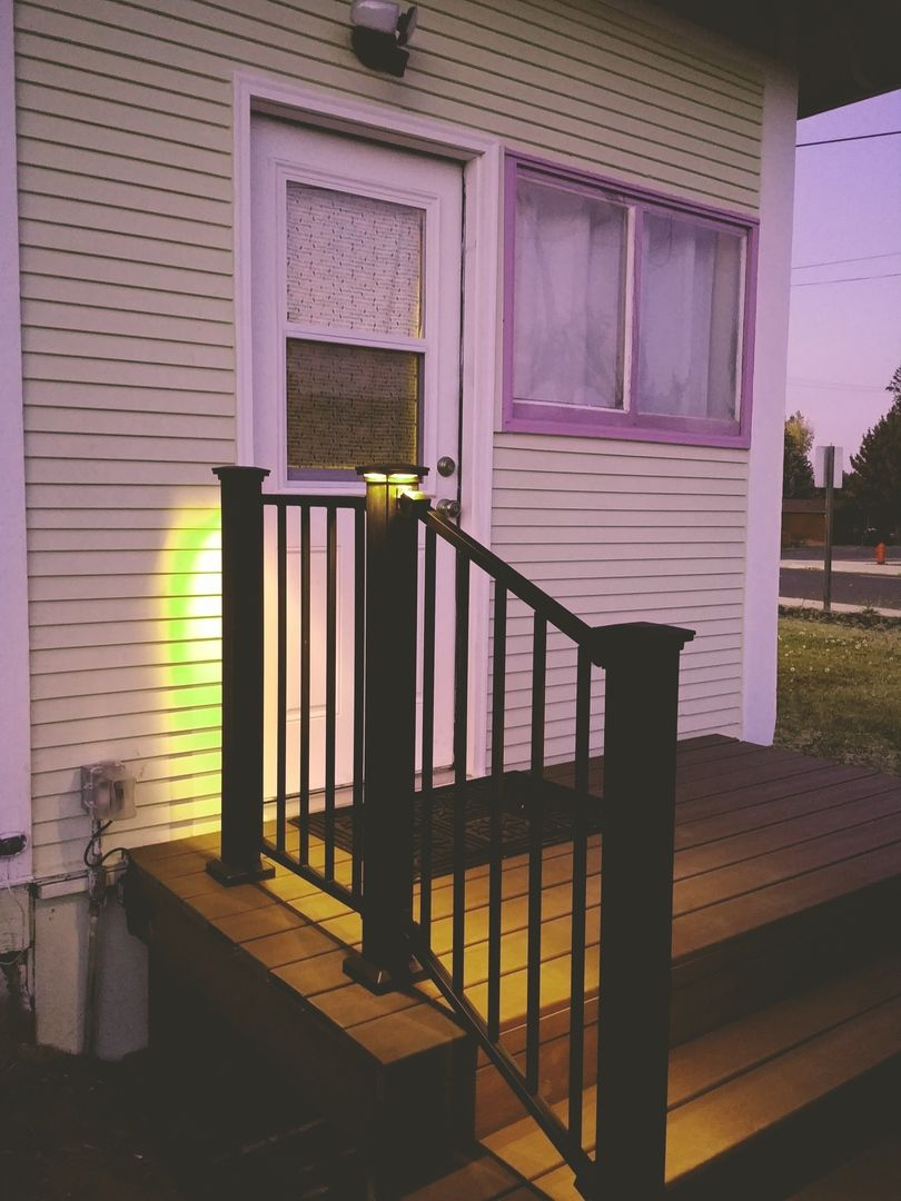 The FE26 railing system by Fortress is a prefabricated ...