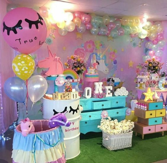 Fiestas infantiles de moda 2018 pinterest unicornio for Decoracion fiesta infantil nina