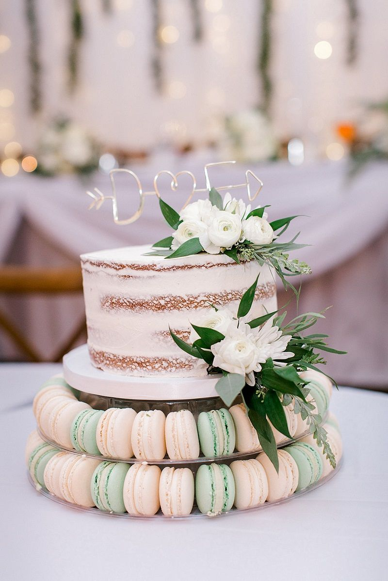 Elegant Outdoor Wedding in 2020 Wedding cake
