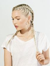 Water fall braid with loose wavy curls. One day never, my hair will be able to look like this. =/ # water fall Braids tutorial # water fall Braids tutorial