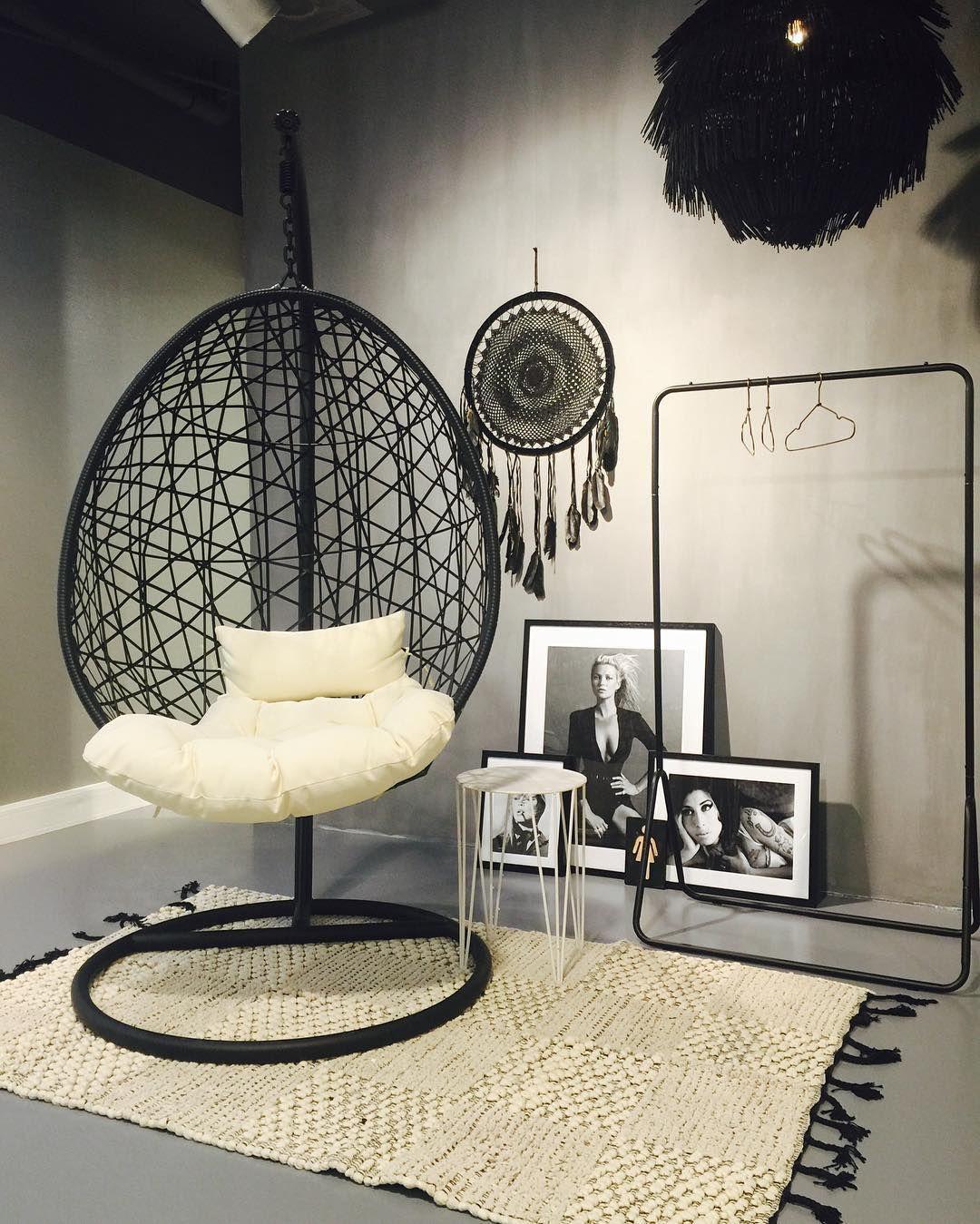 JANE LUSHKA, World Fashion Center, Amsterdam, The