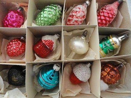 Google Afbeeldingen resultaat voor http://www.angelfire.com/super2/greece/glas/kerstballen36.JPG