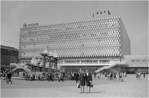 Alexanderplatz Ostberlin Centrum Warenhaus 1970 Www Ddr Fotos De Ddr Fotoarchiv Von Marco Bertram Ostberlin Berlin Ddr