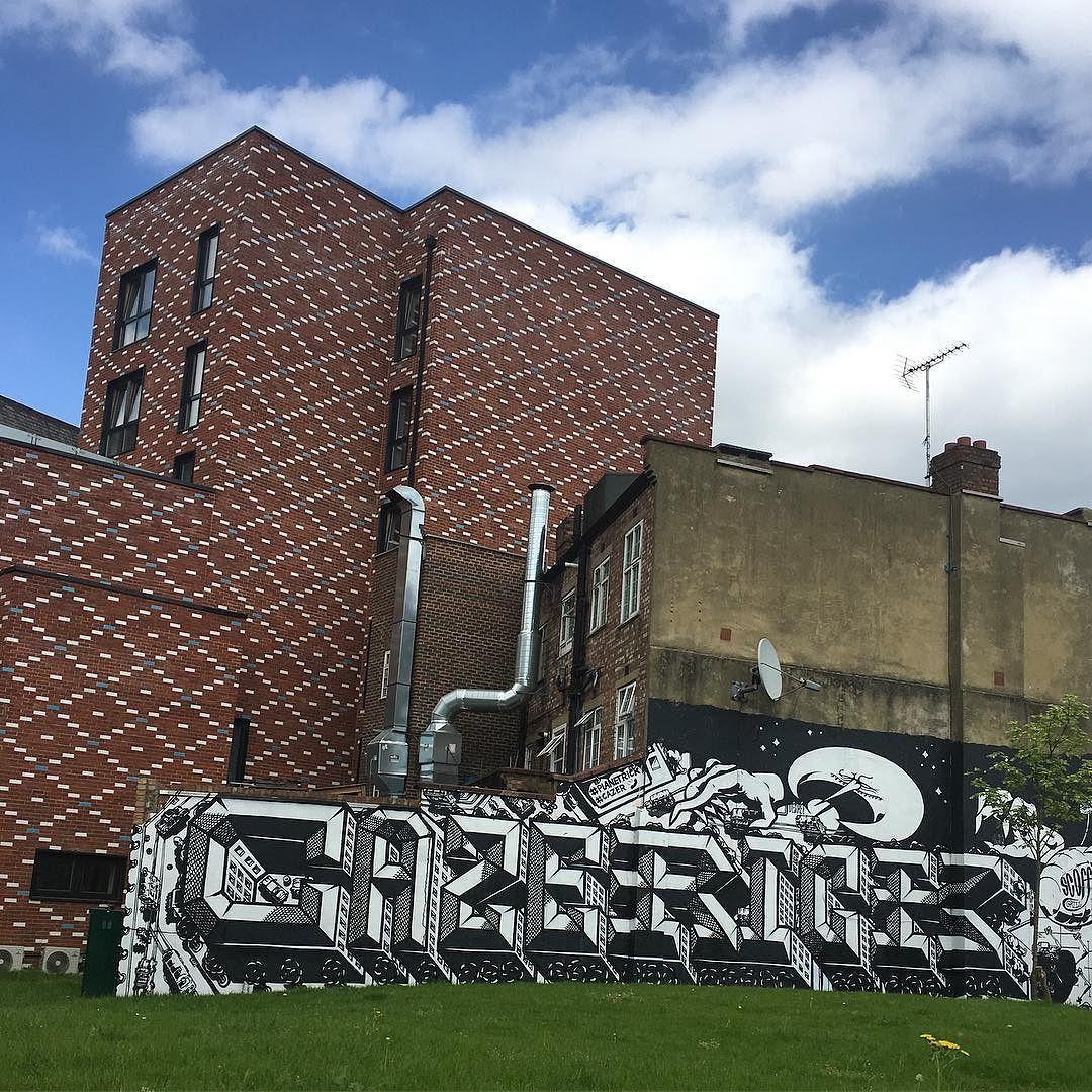 Work by @cazerone @planet_rick  #hackneywick #eastlondon #artist #streetart #wall #dsb_graff  #tv_streetart #spray #sprayart #londonlife #urbanart #urbanwalls #streetartuk  #streetarteverywhere  #graffitiart #instagraffiti #ukstreetart #londonstreetart #londonart #lovestreetart #loveART #rsa_graffiti #streetartist #streetartlondon #graffiti_of_our_world #graffiti #total_urbanart #aerosolart by spike_ml