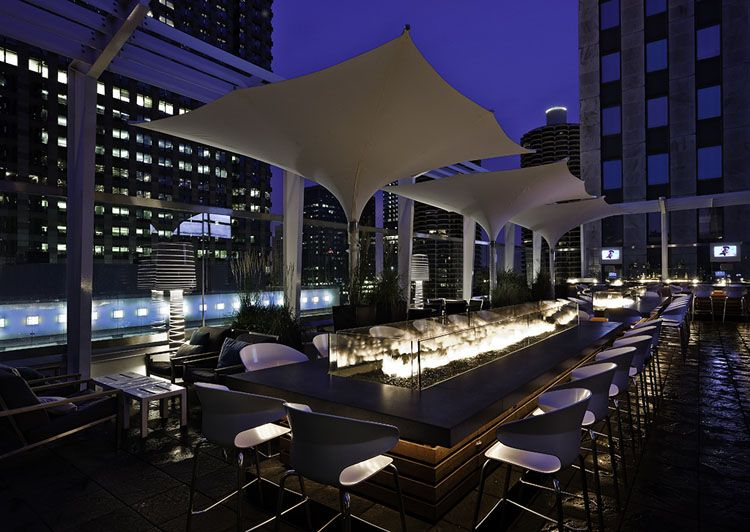 Rooftop bar at The Wit hotel, Chicago. Architecture/Design ...