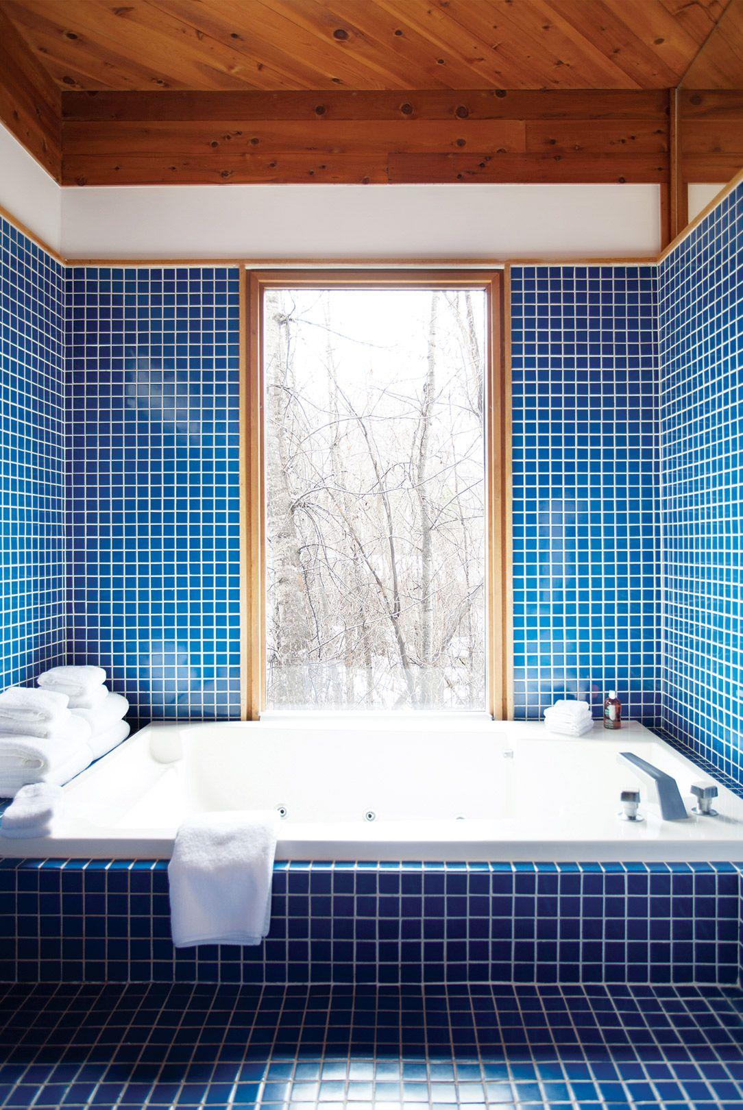 Home Tour: An Artful Aspen Cabin by Hillary Thomas | Blue tiles ...
