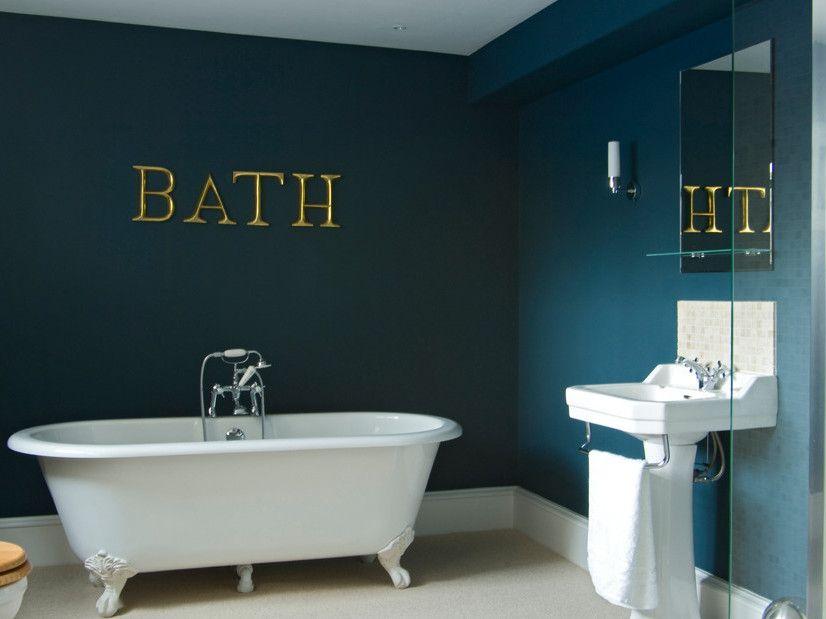 Des Interieurs Bleu Marine Couleur Salle De Bain Peinture Salle