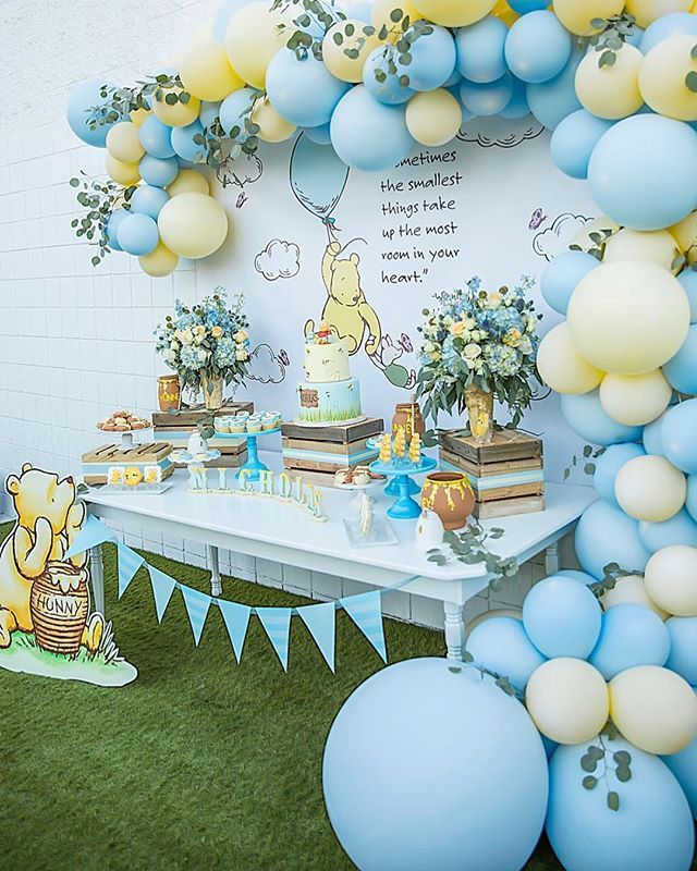 I D Totally Throw Myself A Winnie The Pooh Themed Party My Favorite Character Of All Time Boy Baby Shower Themes Baby Bear Baby Shower Baby Shower Inspiration