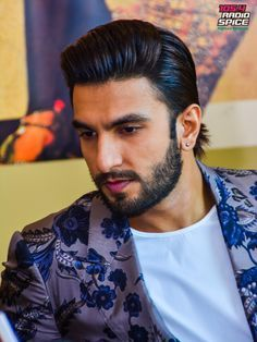 Ranveer Singh Hairstyle Google Search Peace Ranveer Singh