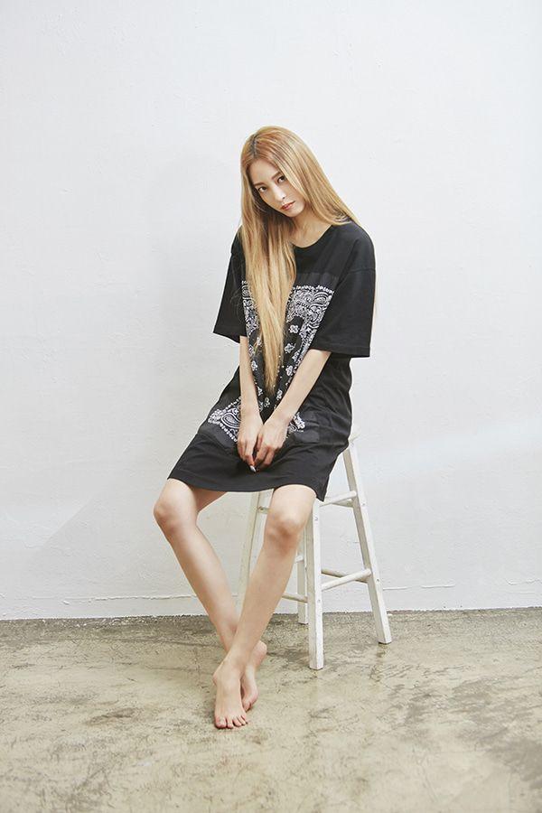 Bộ đôi mỹ nữ Han Ye Seul - Lee Da Hee cùng xuất hiện trong