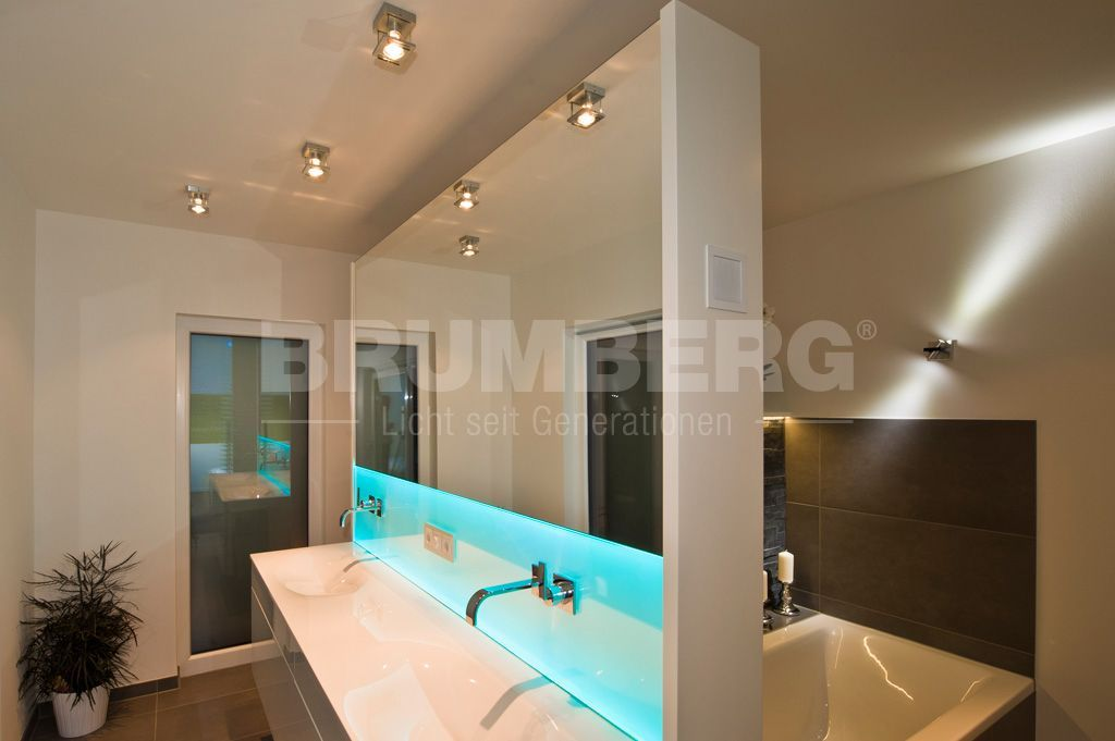 Baddesign mit Lichtdesign by BRUMBERG Lichtkonzepte für Ihr Bad