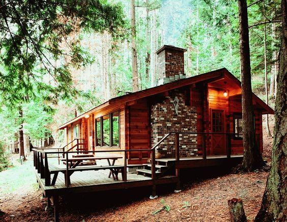 Casa bonita con balcon proyectos que debo intentar - Cabanas de madera pequenas ...