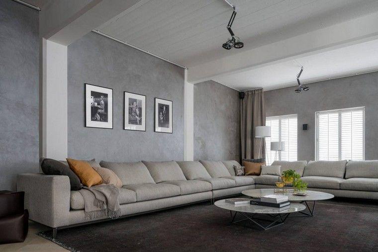Idée déco mur salon industriel avec cadres, design Kolenik ...