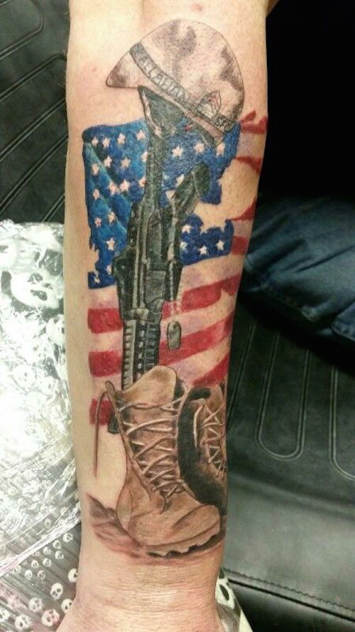 adf7b236de869 Beautiful Military Tattoos That Show Freedom and Bravery Whether you are a  supporter of the military