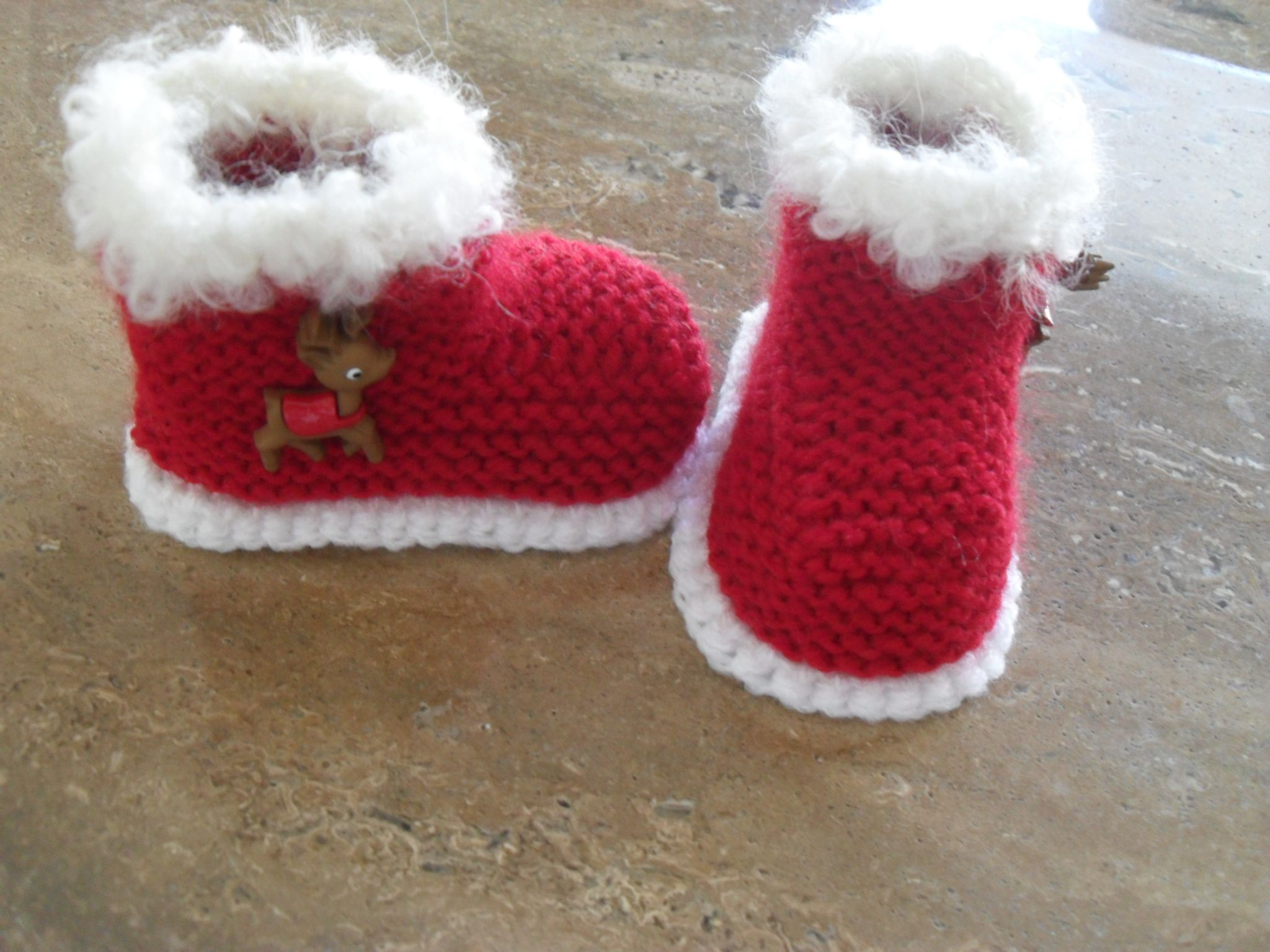 Christmas Knitting Patterns For Babies.Baby Christmas Knitting Pattern Baby Santa Booties Knitting
