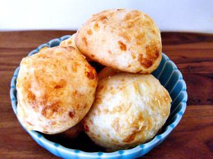 Pao de queijo cheese puffs brazilian recipe cheese puffs pao de queijo cheese puffs brazilian forumfinder Images