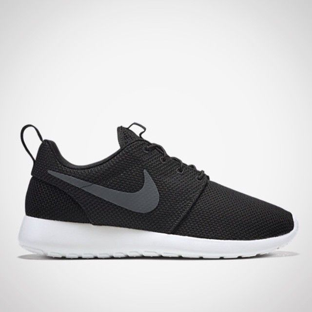 """7fd37a280926b5 This model is now known as """"Nike Roshe One"""". Would you like the ..."""