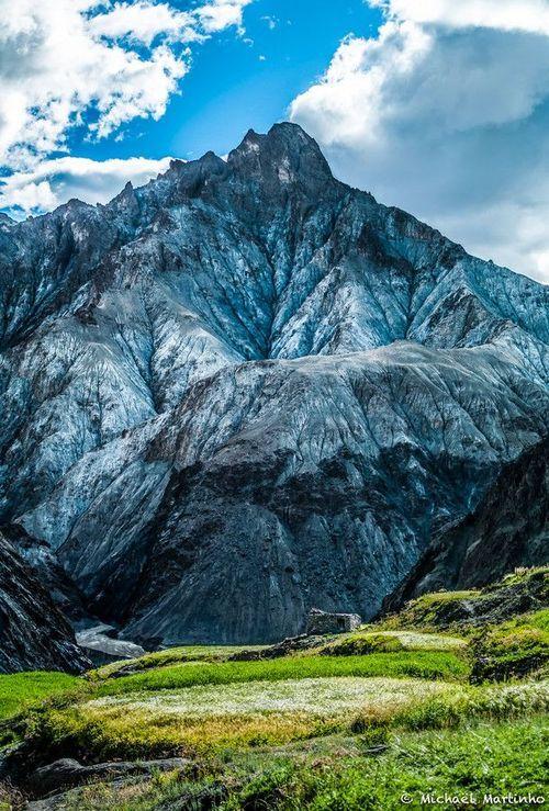 Blue Himalaya Mountain Jammu And Kashmir India Himalayas Mountain