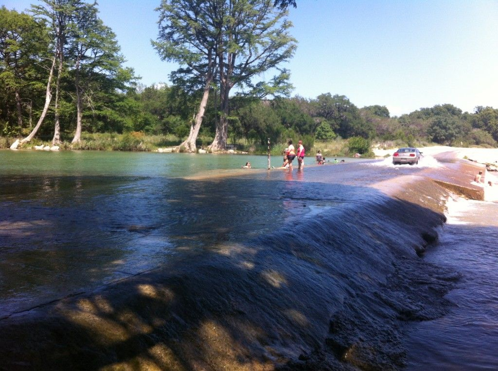 Frio River Cabins Seven Bluff Cabins And Rv In Concan Texas Family Resort Vacations River Cabin River Trip