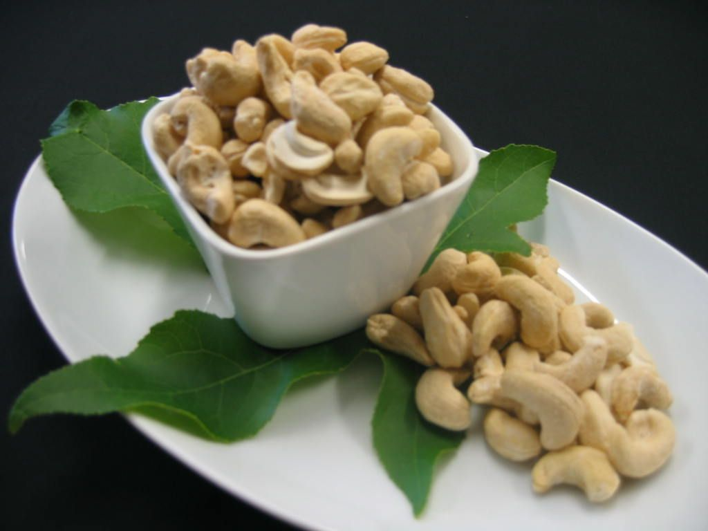 Did you know...? Vietnam is the world's largest cashew producer. #funfactoftheday #didyouknow