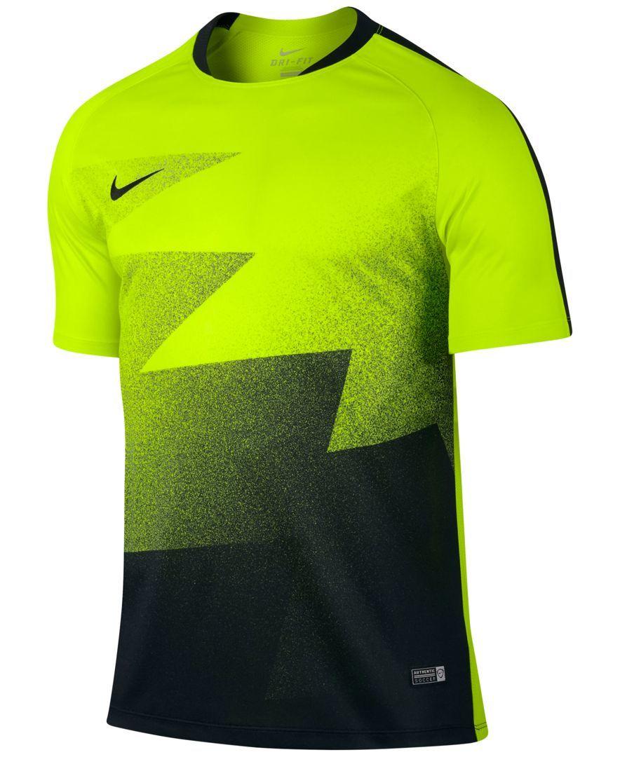Nike Men S Flash Graphic Training T Shirt Reviews T Shirts Men Macy S Nike Clothes Mens Badminton T Shirts Mens Tshirts