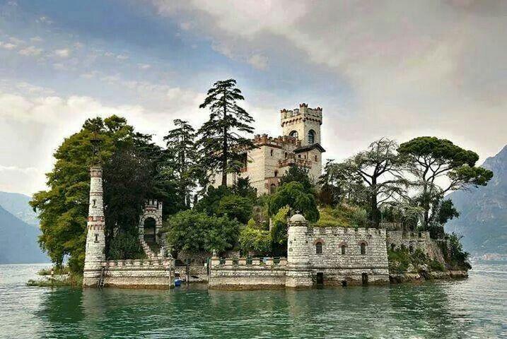 Isola di Loreto, Italia