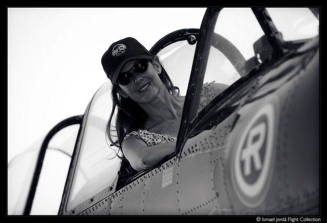 La asesora de imagen Marta Halcón luciendo sus gafas de sol Isotoner