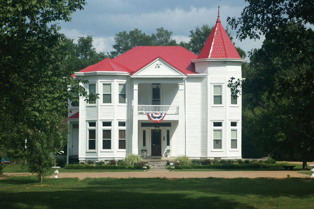 The Manor at Twin Oaks Bed and Breakfast Bed, breakfast