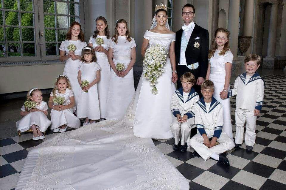 Wedding Of Crown Princess Victoria Of Sweden And Prince Daniel Royale Hochzeiten Hochzeitsportraits Konigliche Hochzeit