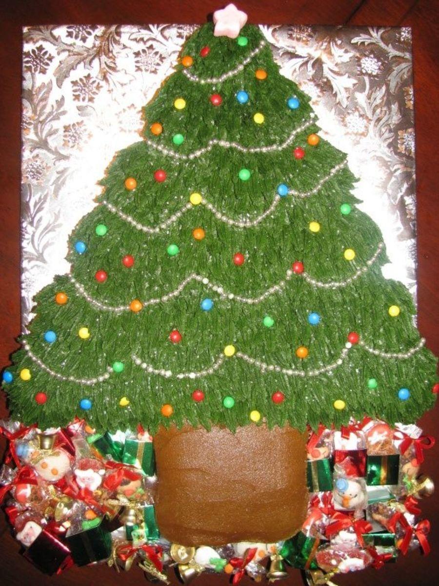 Pull Apart Christmas Tree Cake I made this cupcake tree