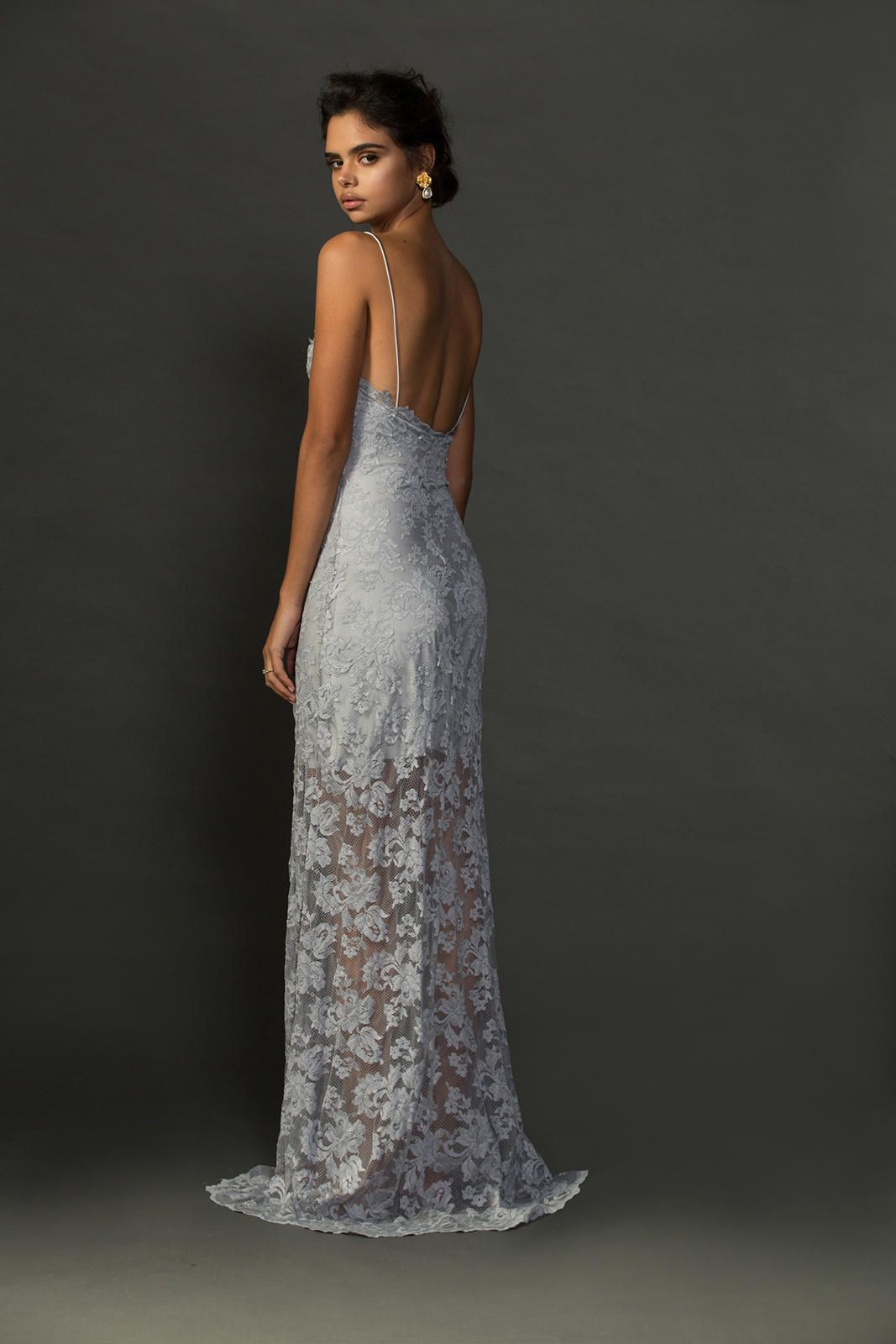 Effortlessly chic the olsen is for the bride unafraid to break out