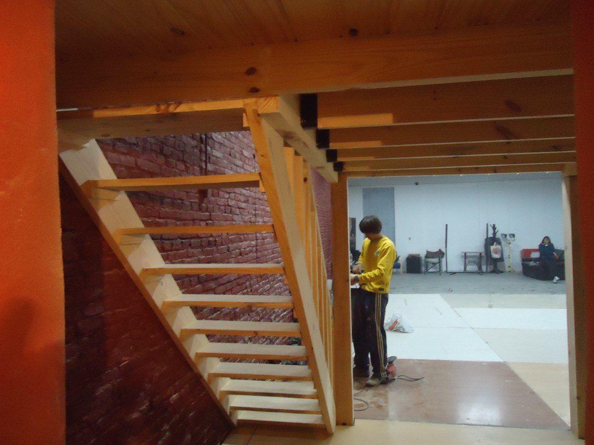 Entrepisos de madera altillos escaleras pergolas barandas - Escaleras de madera ...