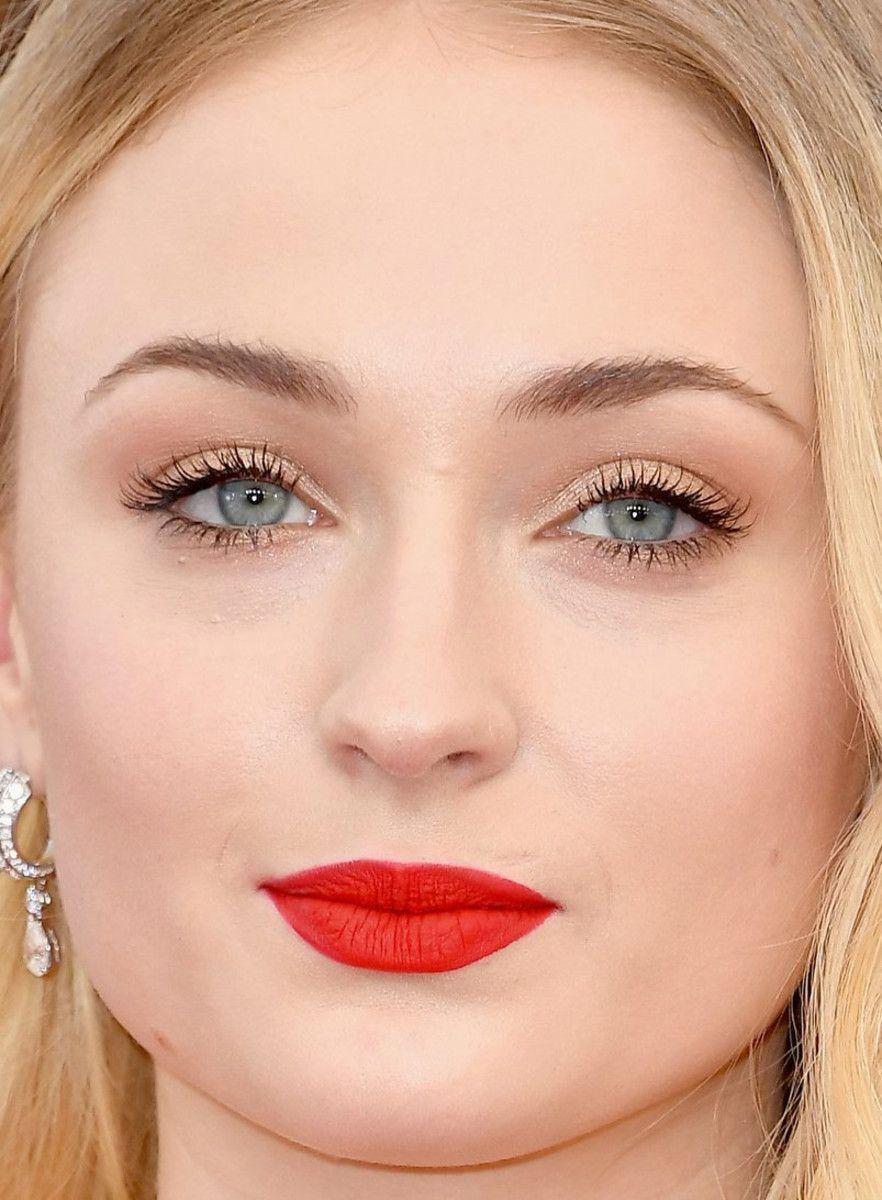 Fashion week Review in year best in celebrity beauty for girls