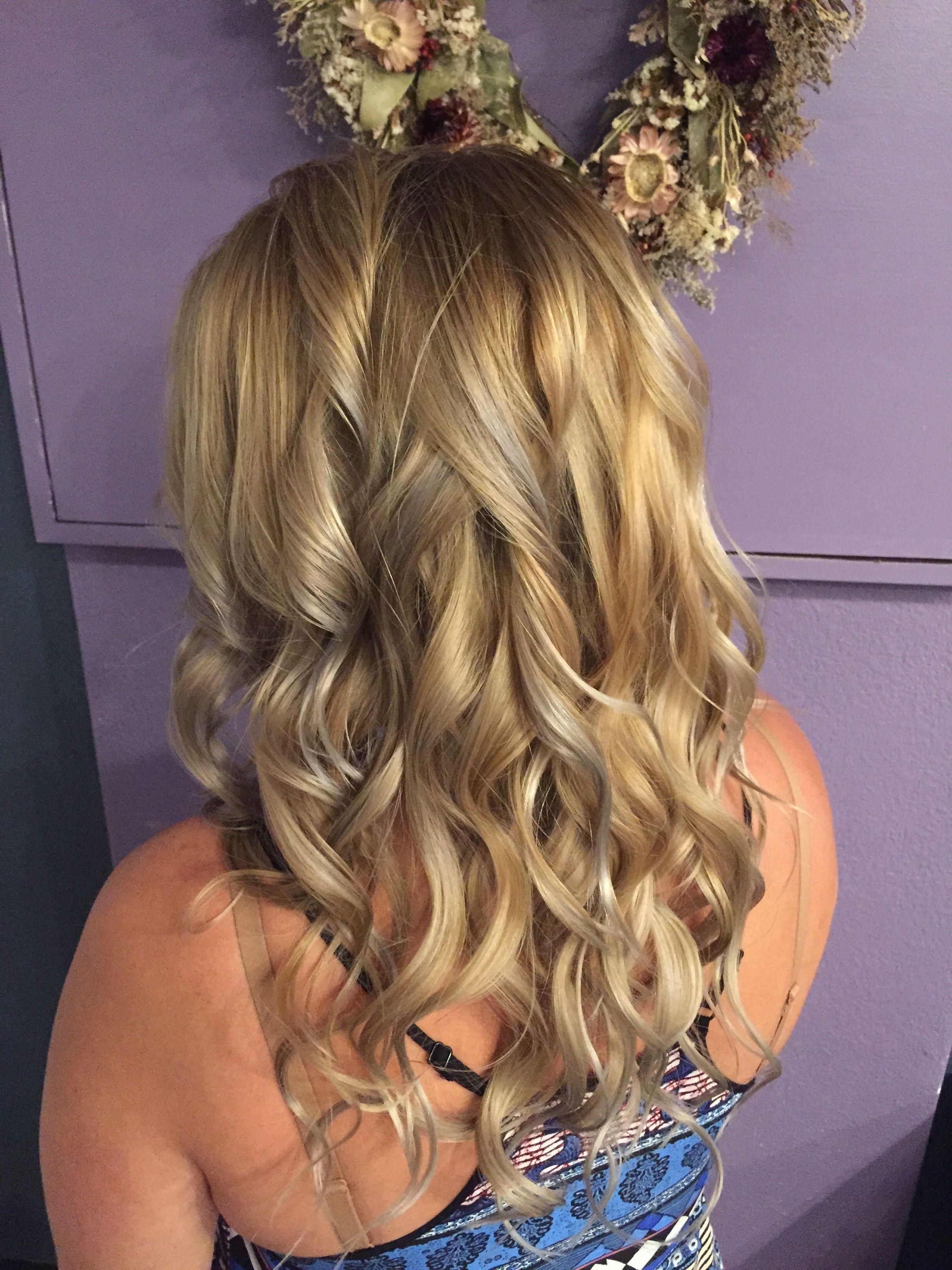 Pin von Sabre Salon auf Blondespiration