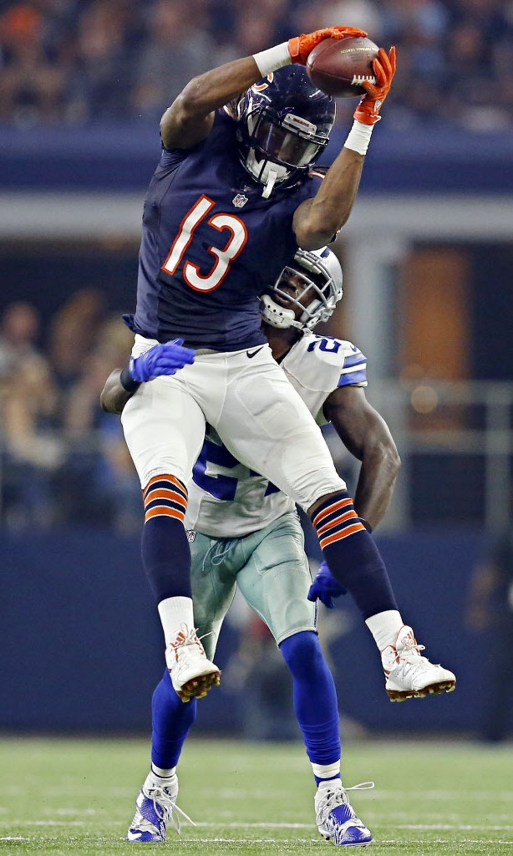 Photos Zeke leaps over Bears; Cole Beasley destroyed, but