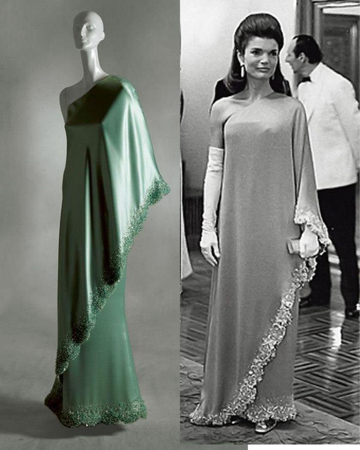 Vestido Valentino Jacqueline Kennedy Camboja 1967 Jackie Kennedy Dress Jackie Kennedy Wedding Jackie Kennedy Style Icons