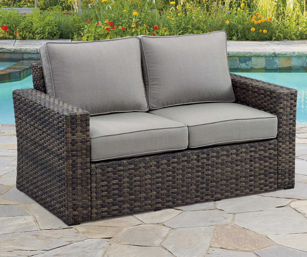 Broyhill Eagle Brooke All Weather Wicker Cushioned Patio Loveseat