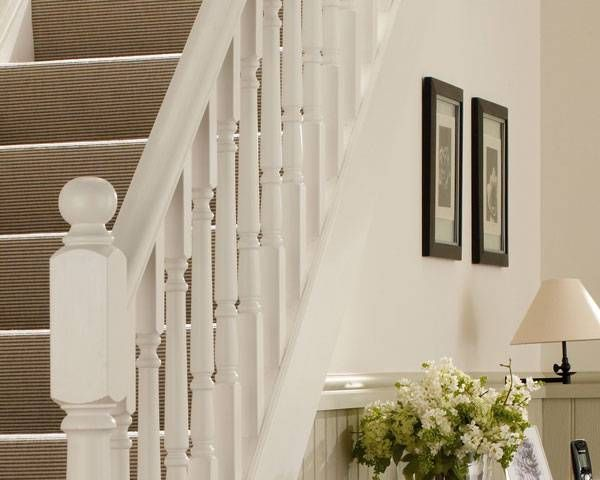 Best Victorian Howdens Staircase Spindles Staircase 400 x 300