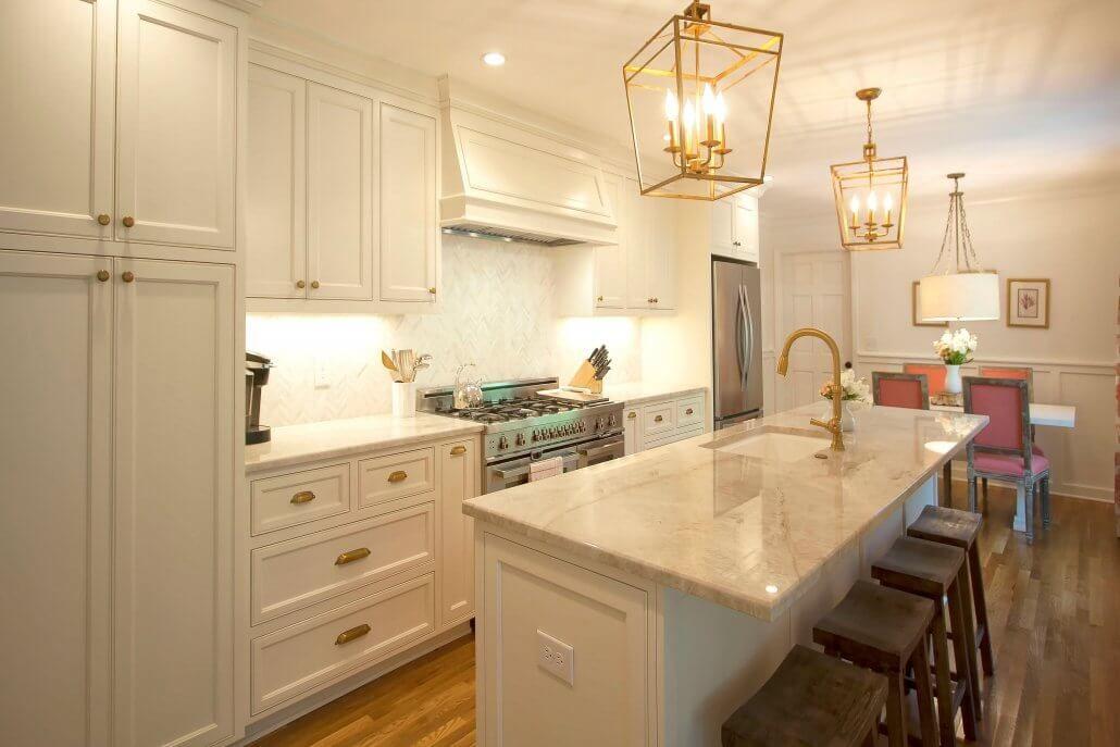 Download Wallpaper White Kitchen Copper Hardware