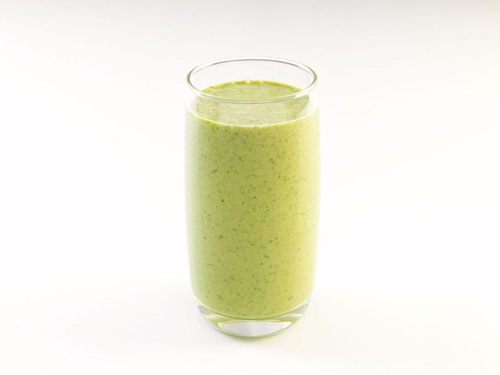 #SmoothieOfTheWeek: Spinach and Peanut Butter.   Quick, healthy and protein packed!     SERVINGS: MAKES 1  1 banana 250ml almond milk  large handful (approx. 35g) torn spinach 2tbs Hi-PRO smooth peanut butter ¼tsp ground cinnamon  Place all ingredients in a high-speed blender and puree until smooth.    #smoothie #healthy #protein #spinach #antioxidants #peanutbutter #banana