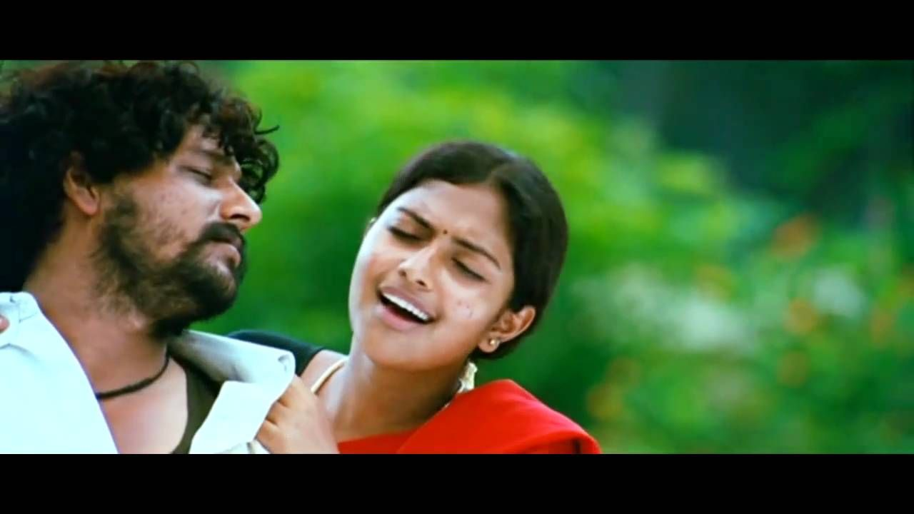 En Idhayathai Thirudi Senravale Video Song Heart Touching