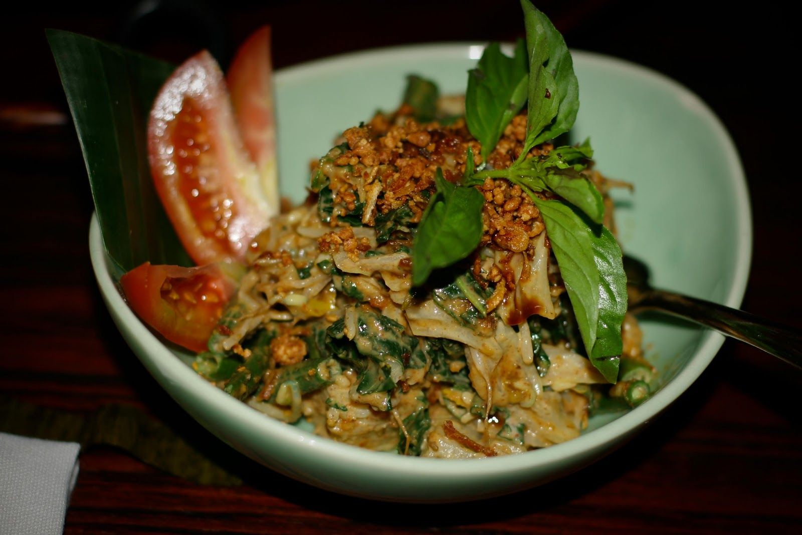 Tipat Catok Balinese Famous Appetizer Made From Blanched Various Vegetable Such Long Bean Bean Sprouts Cabbage And Water Crest K Rice Wraps Food Recipes