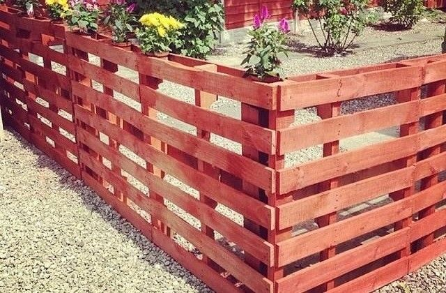 Comment construire une cl ture avec des palettes con - Comment monter une serre de jardin ...