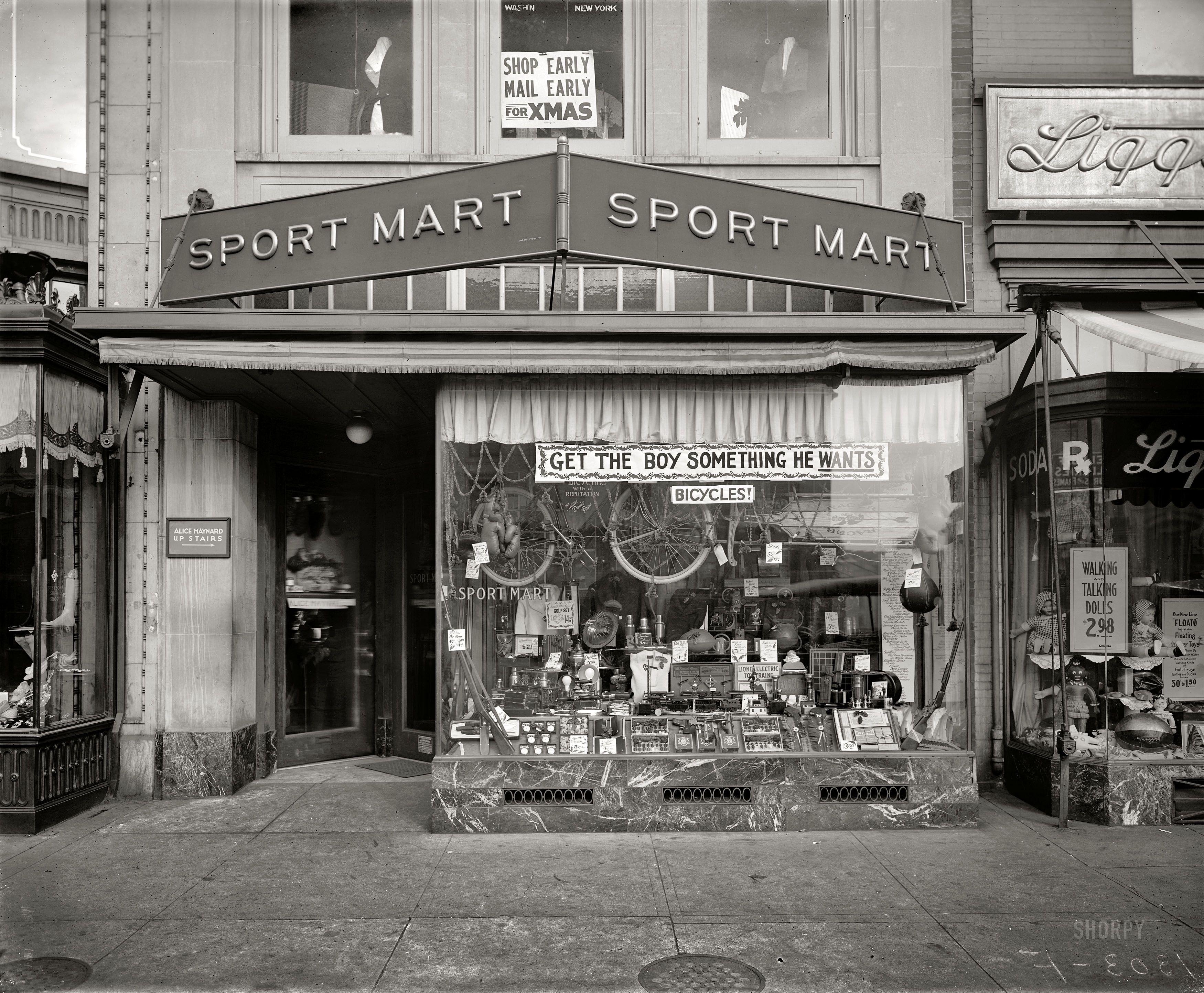 Washington DC circa 1921 Sport Mart 1303 F Street N