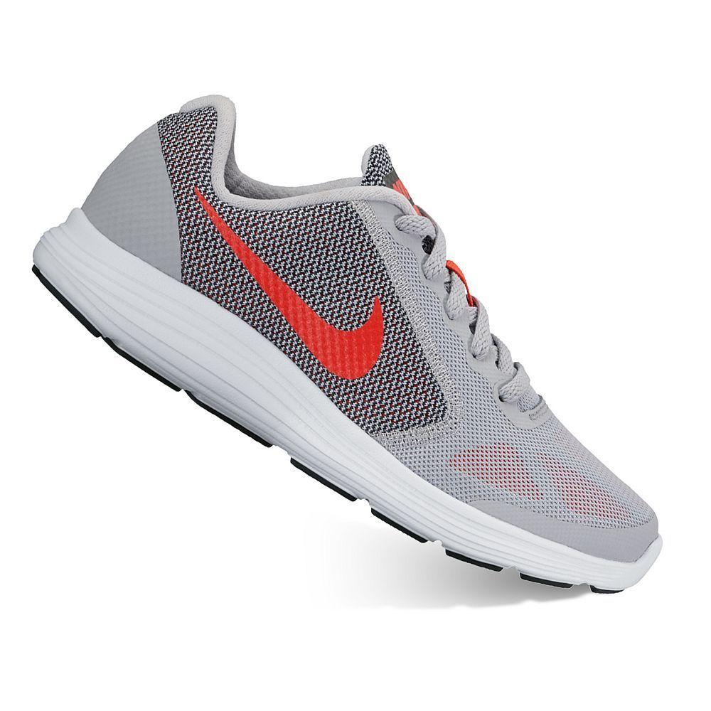 Nike Revolution 3 Grade School Boys