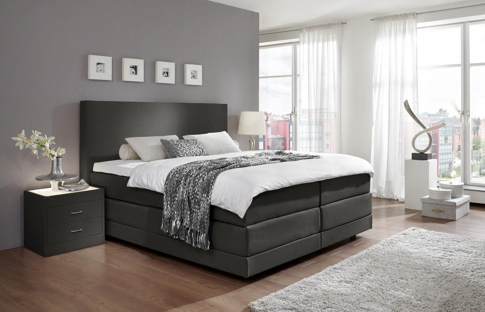 schlafzimmer boxspringbett komplett schlafzimmer schlafzimmer bett graues. Black Bedroom Furniture Sets. Home Design Ideas
