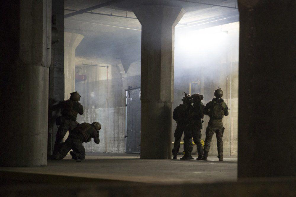 Sof pic of the day marine raiders conduct night raid