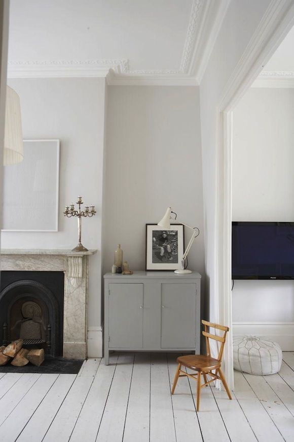 Sol blanc, meuble gris  Interiors Pinterest Gray cabinets