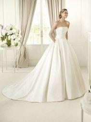 "Pronovias ""In Stock"" Wedding Dress - Style Dalamo"